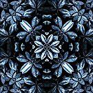 Metallische Blätter Mandala von daisy-beatrice