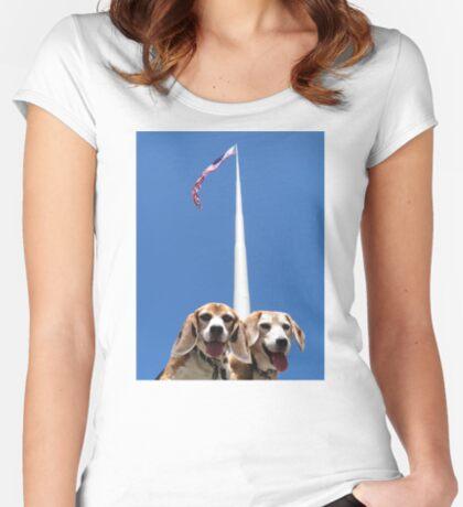 Unsurmountabeagle Women's Fitted Scoop T-Shirt