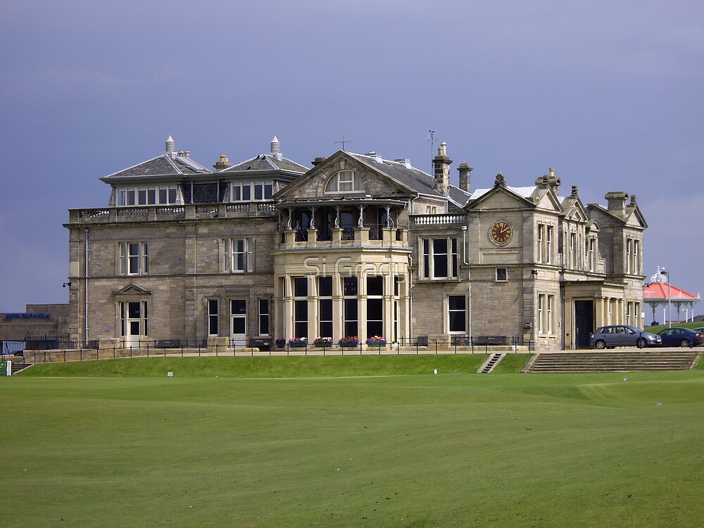 The Royal & Ancient clubhouse by Si Grady