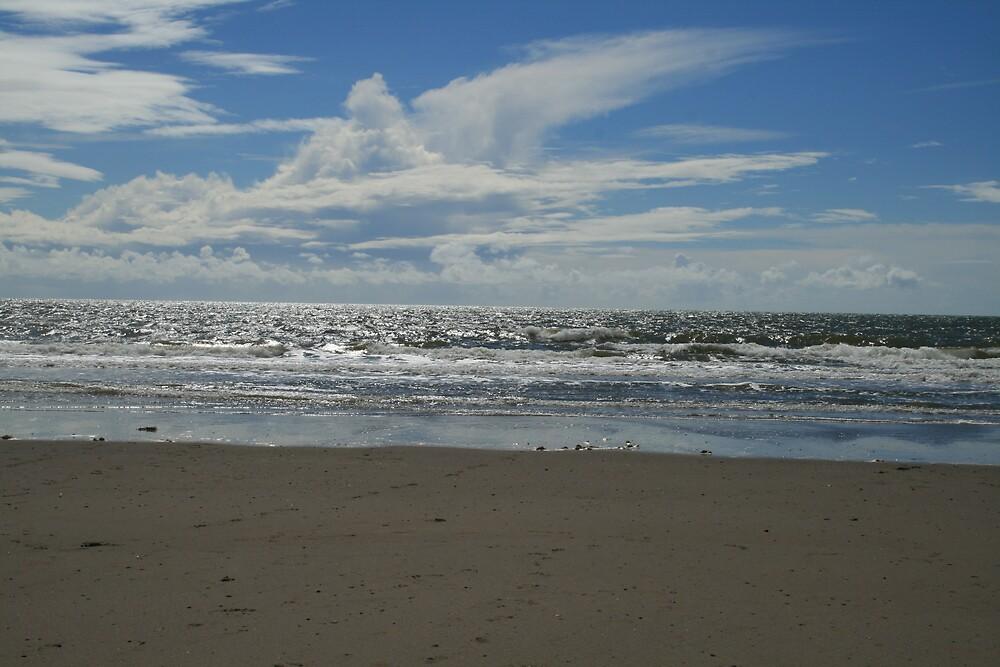 sand,sea,sky by chrismcgann