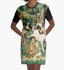 HD The Unicorn is Attacked (1495) Graphic T-Shirt Dress