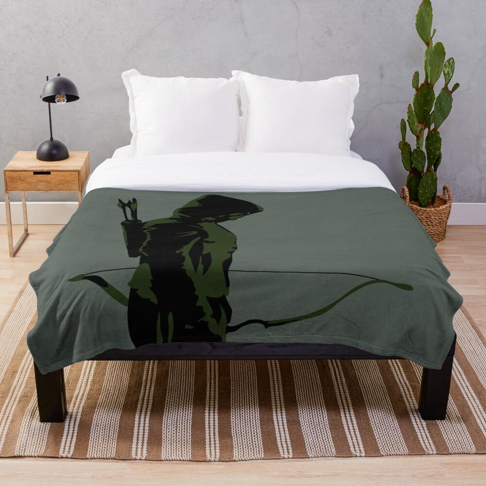 Green Arrow - Oliver Queen Throw Blanket