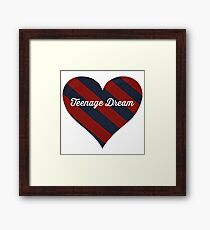 Teenage Dream Warbler Heart Framed Print
