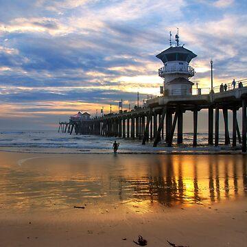 Huntington Beach Pier at Sunset by DianaG