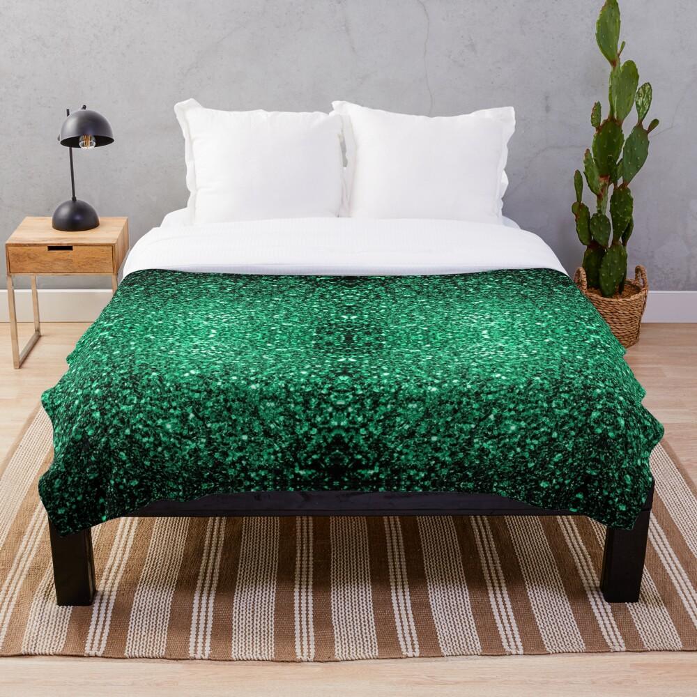 Hermosos destellos de color verde esmeralda. Manta