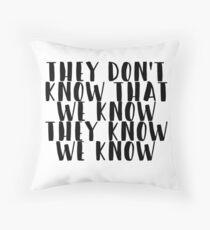 Friends - TV Show Throw Pillow