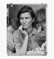 Migrant Mother by Dorothea Lange, 1936  iPad Case/Skin