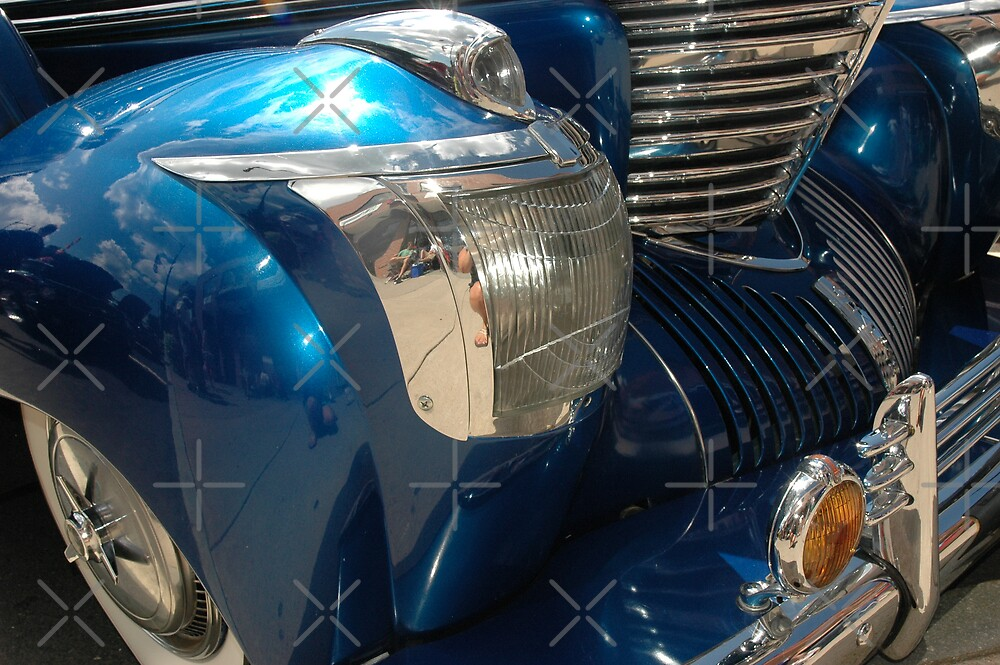 Electric Blue ll by christiane