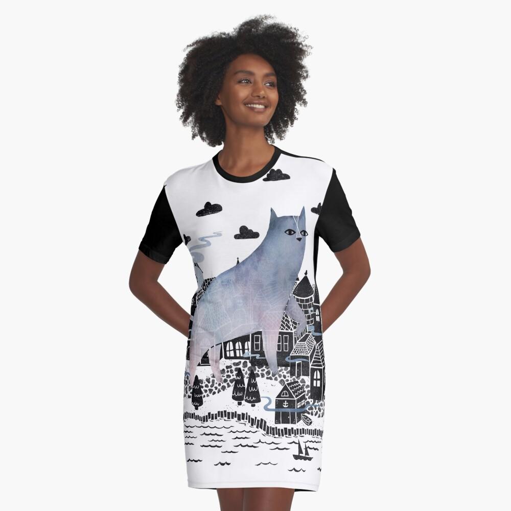 Der Nebel T-Shirt Kleid Vorne