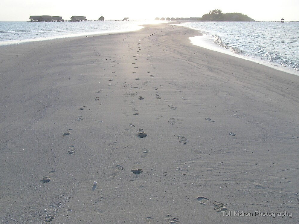 Footprints (2005) by Tull Kidron Photography