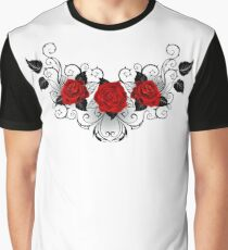 Symmetrical pattern of red roses Graphic T-Shirt
