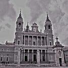 Catedral de Nuestra Señora de la Almudena........Madrid. by cieloverde