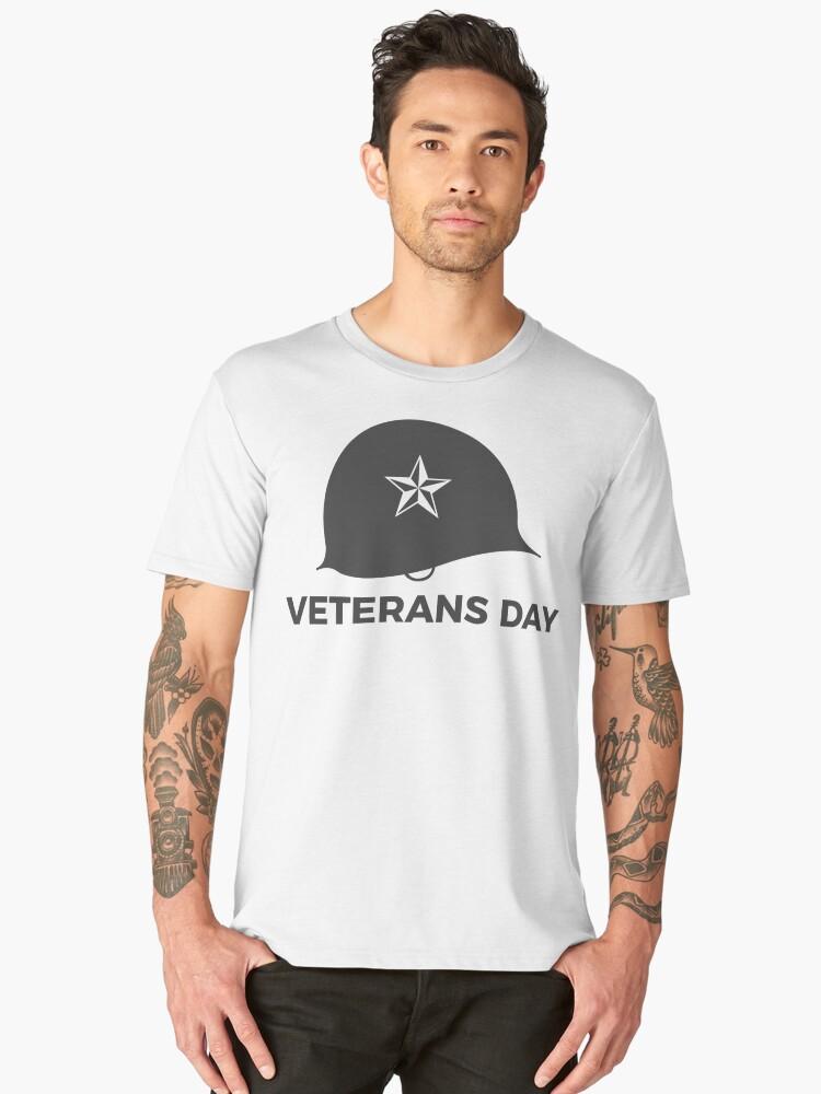 Veterans Day Commemorative Soldier Helmet Star Men's Premium T-Shirt Front