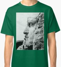 Construction at Mount Rushmore 1932  Classic T-Shirt