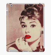 Audrey Hepburn, Breakfast at Tiffany's  iPad Case/Skin