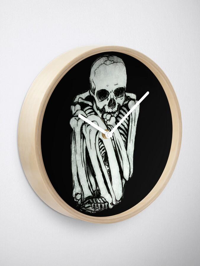 Alternate view of Comfy Skeleton Clock