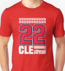 Camiseta ajustada CLEVELAND STREAKING HISTORY WIN STREAK T-SHIRT