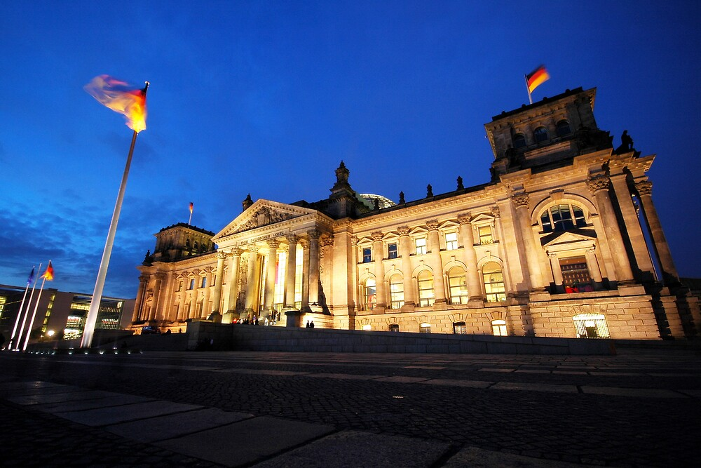 The Reichstag by Dean Symons