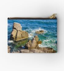 sea wave breaks about rocky shore Studio Pouch