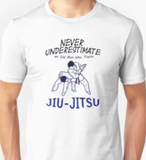 OLD MAN TRAINS JIU JITSU Brazilian Fighters Gift T-Shirt