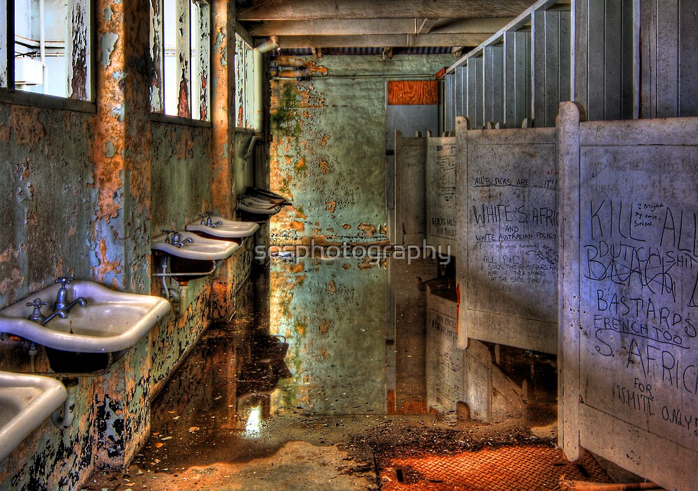 Abandoned Mens bathroom by sosphotography