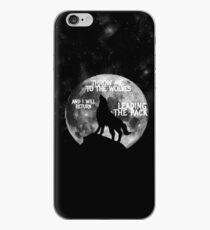 Wirf mich zu den Wölfen und ich werde Leading the Pack zurückbringen iPhone-Hülle & Cover