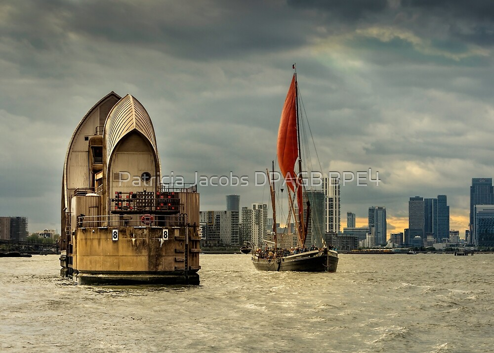 Icons of the Thames London by Patricia Jacobs DPAGB BPE4