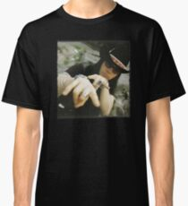 Cult Shirt Classic T-Shirt