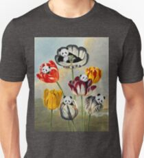 Pandas in bloom (colorful version) T-Shirt