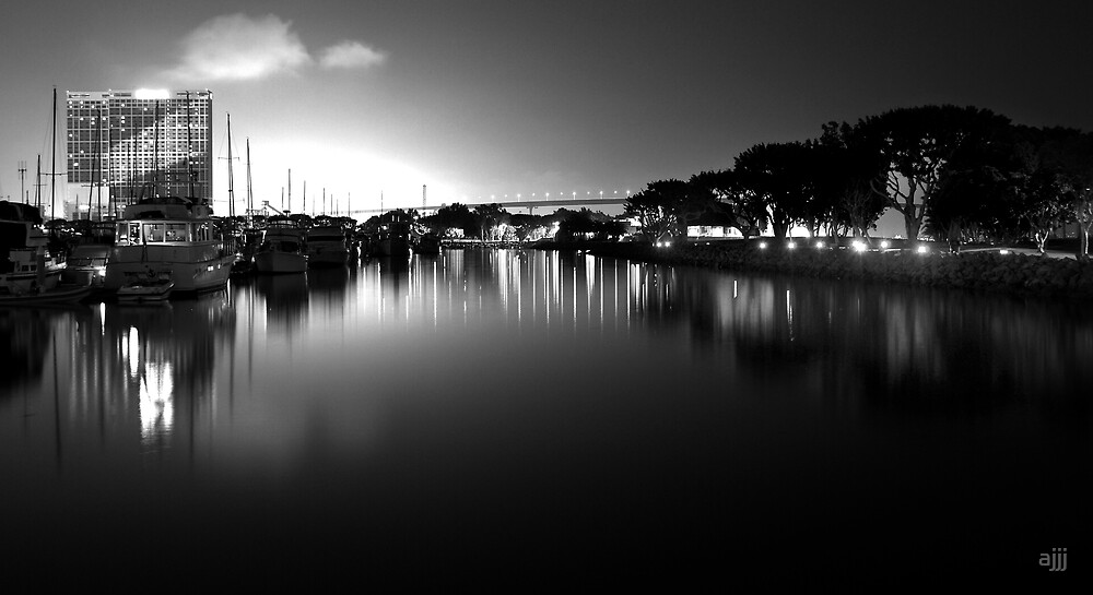 B&W Reflection by ajjj
