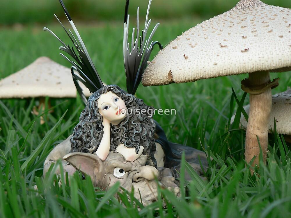 Faerie Folk & Toadstools II by louisegreen