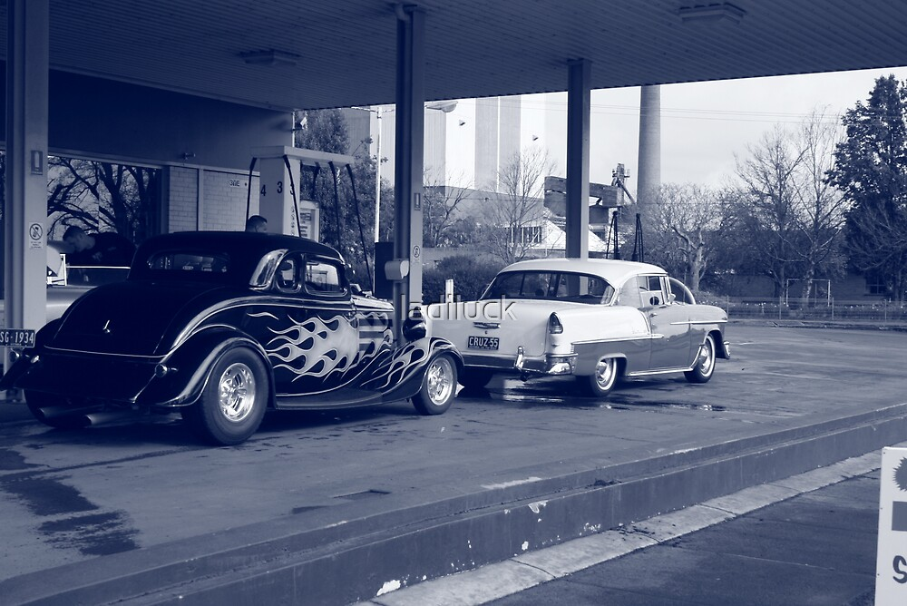 gassing up by ladiluck