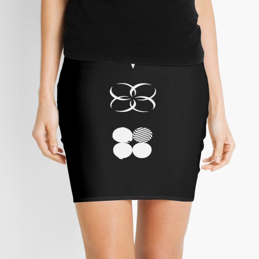BTS - Logotipos de alas - Blanco Minifalda