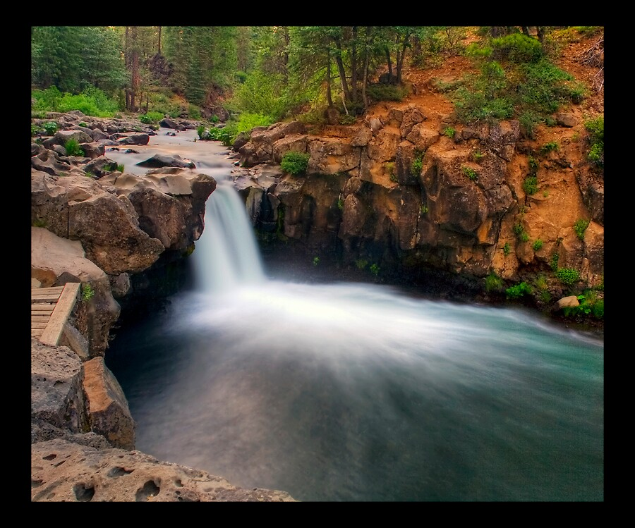 Lower McCloud Falls by Rickcalif
