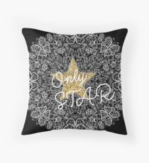 ONLY STAR LACE - DENTELLE STAR ETOILE DORÉE Throw Pillow
