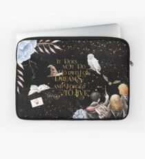 To Dwell on Dreams Laptop Sleeve
