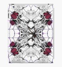 Roses Black Widow iPad Case/Skin