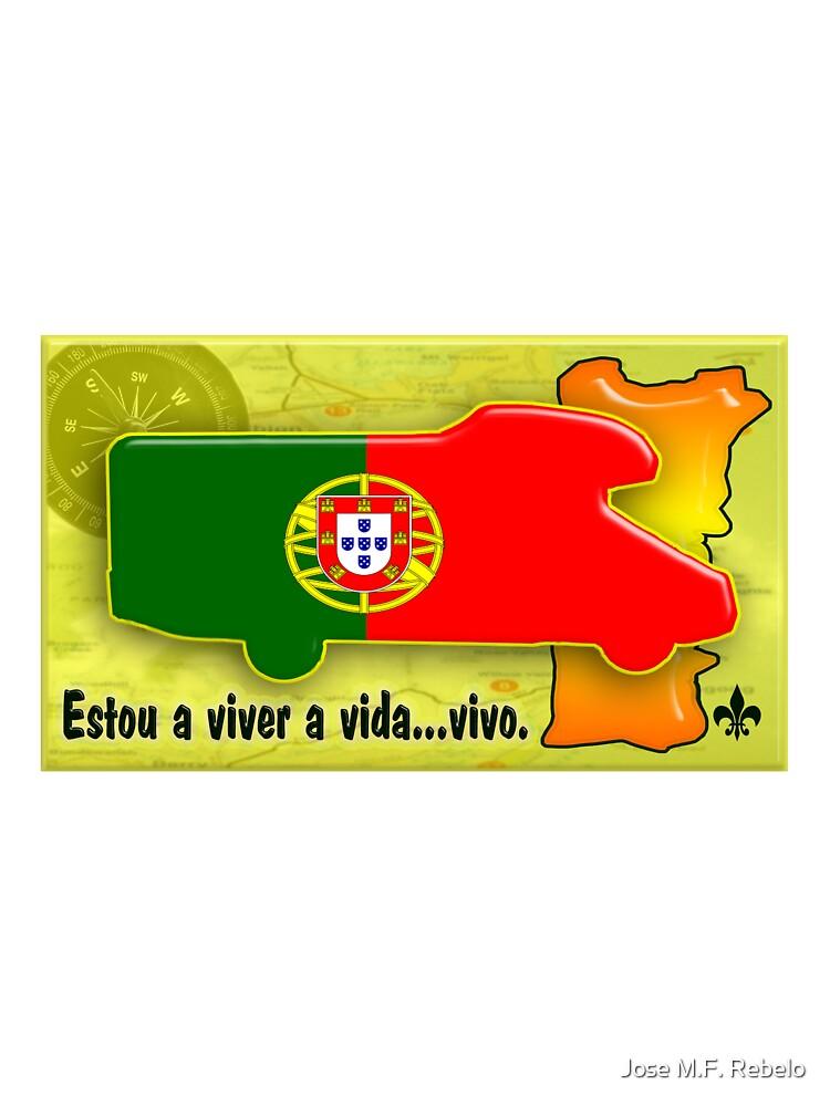 Autocaravana com Bandeira Portuguesa by Jose M.F. Rebelo