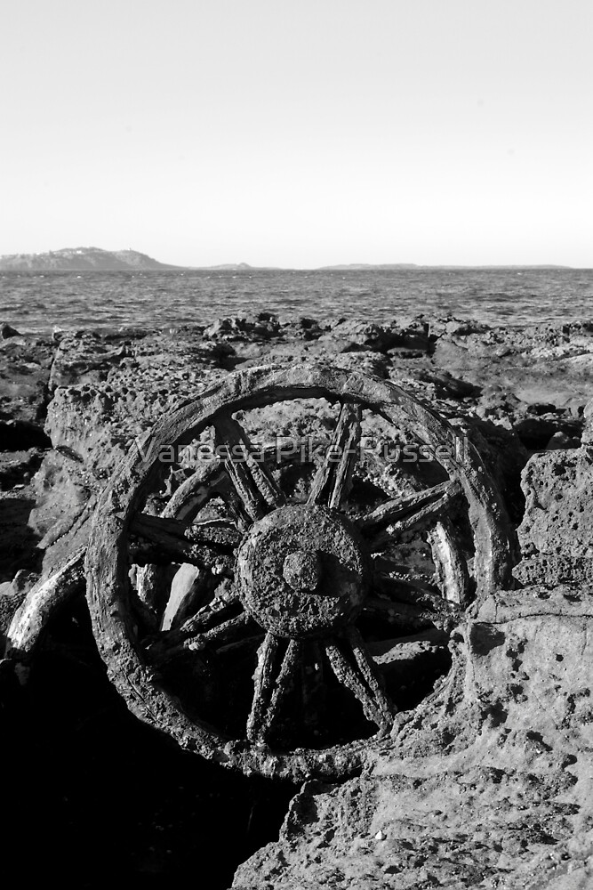 Wagon Wheel on Windang Beach by Vanessa Pike-Russell