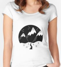 Nature Circle Women's Fitted Scoop T-Shirt