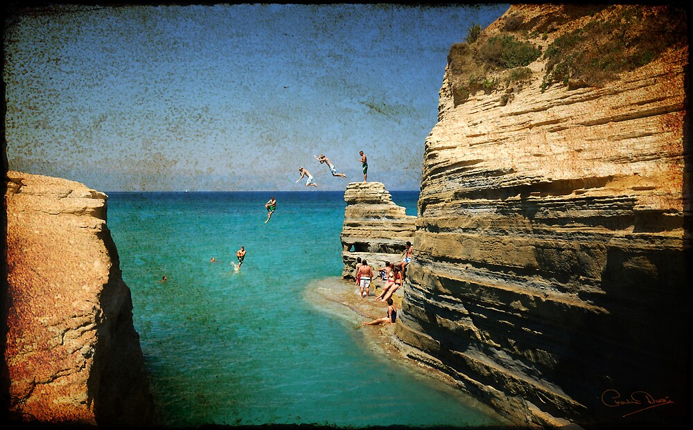 Rock Jumpers - Corfu - Rustic Finish by Charlie  Durán