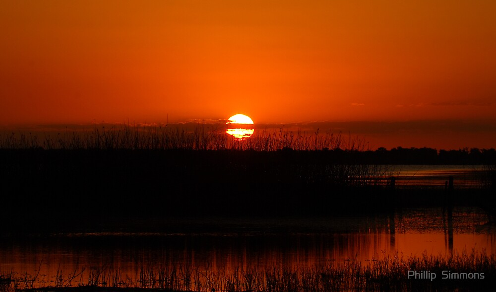 Sunset over Lake Kissimmee by Phillip  Simmons