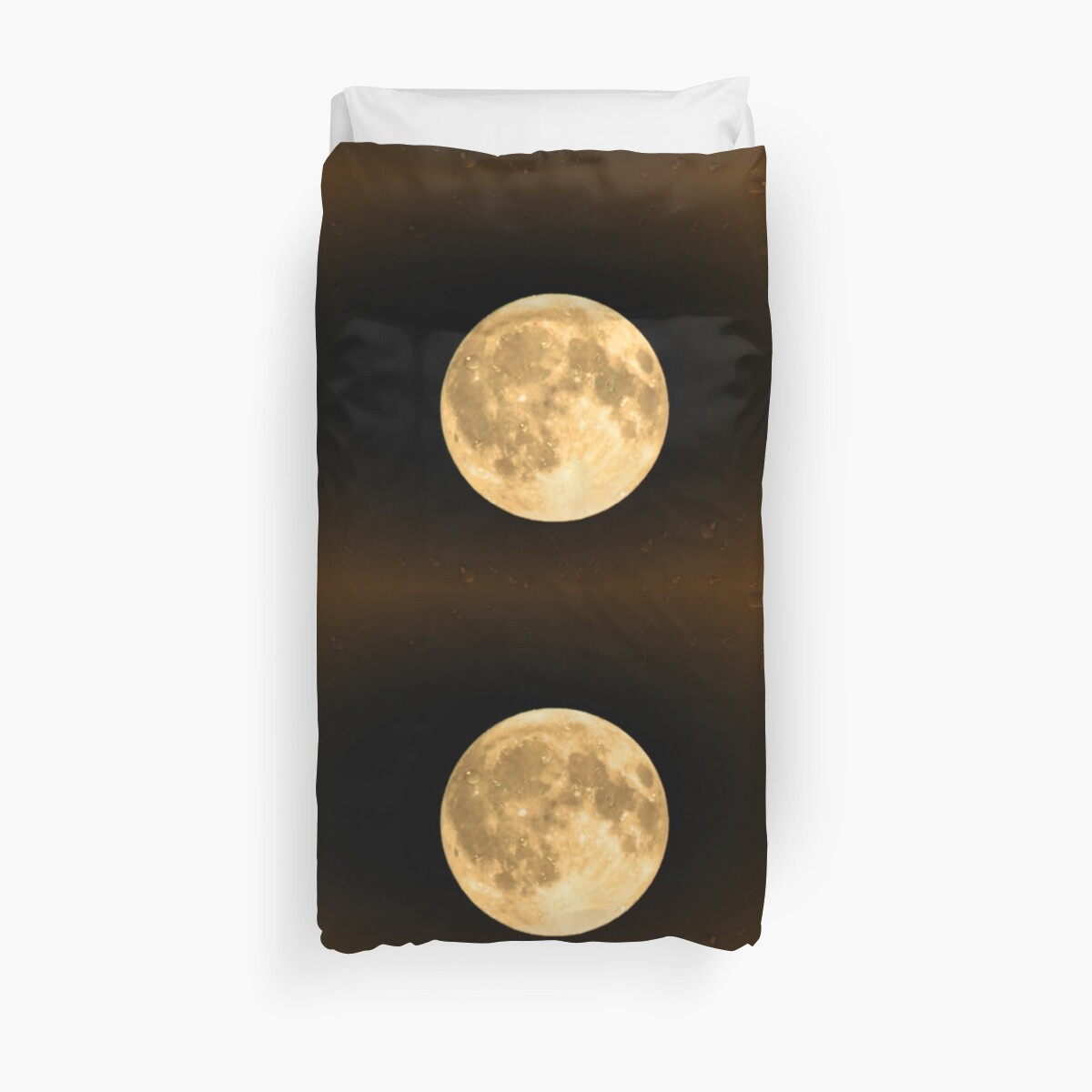 Moon  by Edarte