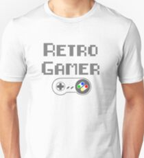 Retro Gamer - With SNES controller T-Shirt