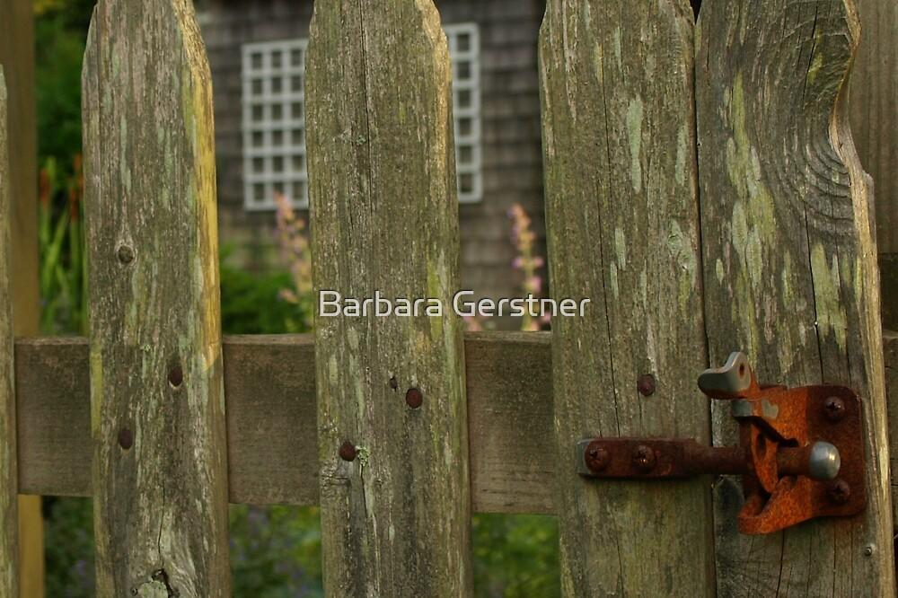 Rusty latch by Barbara Gerstner