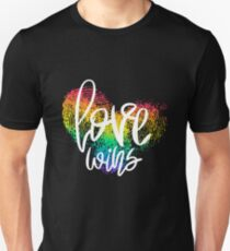 Love Wins - fingerprint heart T-Shirt