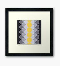 Schrittweise Primrose Yellow Gerahmtes Wandbild