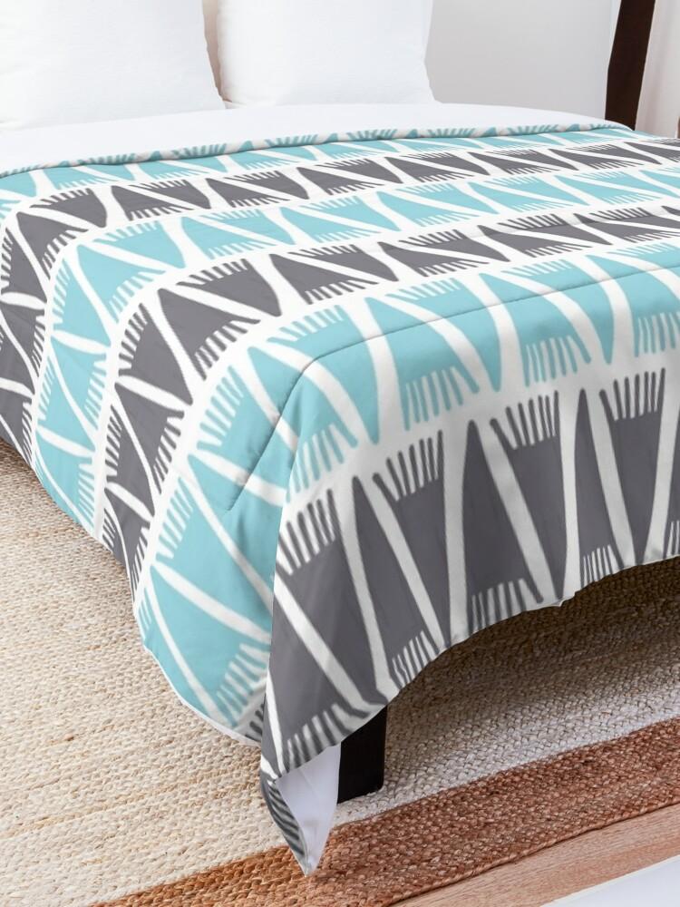 Alternate view of Teepee Island Paradise  Comforter