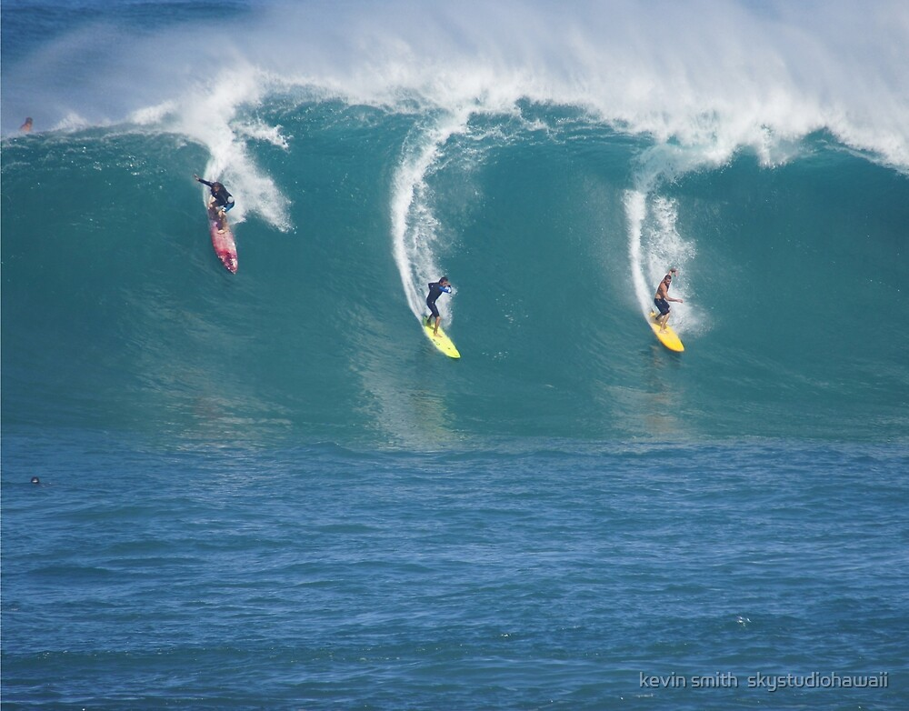 Waimea Bay Three Surfers by kevin smith  skystudiohawaii
