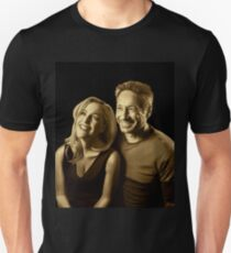 A successful old married couple - black background painting T-Shirt